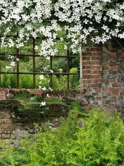 Sissinghurst Castle 6